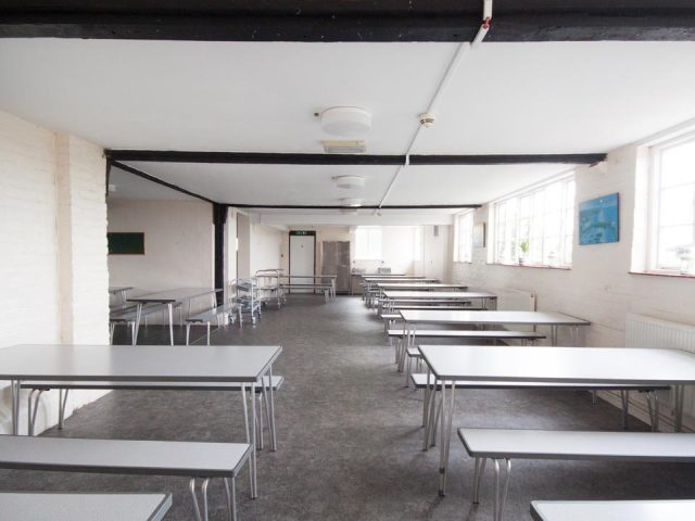 Facilities - Large and flexible dining area