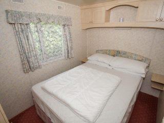 Caravan 1 - Bedroom 1